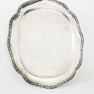 Vassoio in argento.