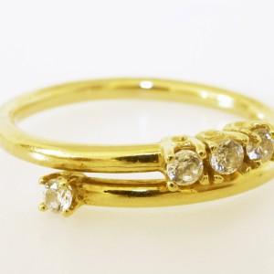 Anello oro giallo con 4 pietre divise 3/1